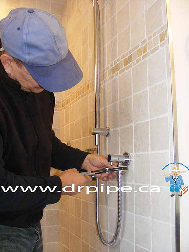 shower-faucets-installatio-and-repair